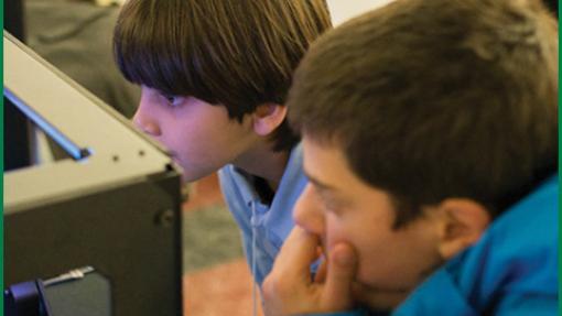 children doing 3d printing